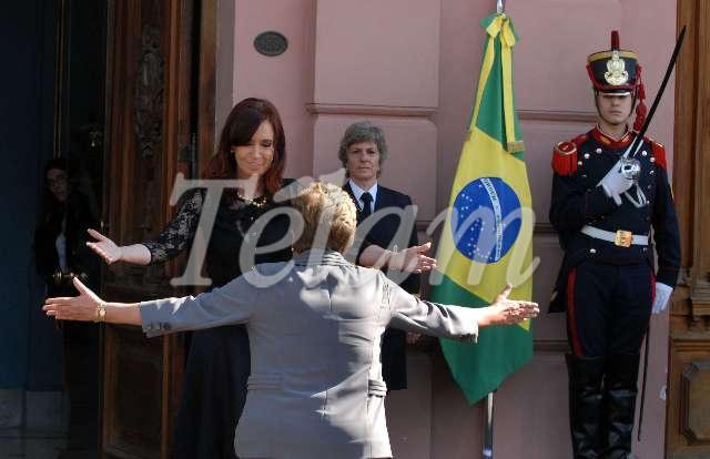 Cristina_Dilma_Abrazo_TELAM
