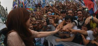 POLÍTICA – Peronismo | Una multitud recibirá a Cristina Fernández en Aeroparque.