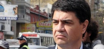 BUENOS AIRES – Régimen | El primo de Macri amenazó con el sueldo a docentes y médicos bonaerenses.