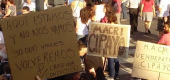 MEDIOS – Régimen | Importante concentración en defensa de la Ley de Medios de la Democracia.