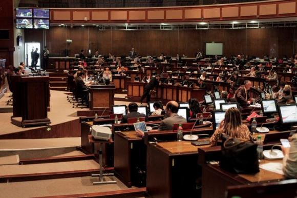 Plenario de la Asamblea Nacional de Ecuador. ANDES.