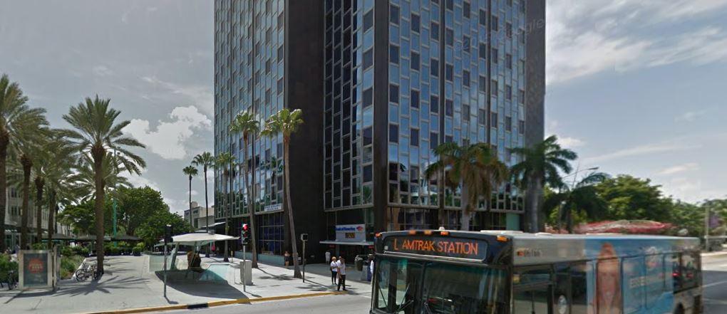 En el 407 de Lincoln en Miami Beach se encuentra la empresa de Gerónimo Venegas, supuesto sindicalista de los campesinos y aliado de Mauricio Macri.