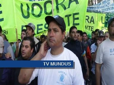 La marcha podría incluir a trabajadores de gremios que no adhieren formalmente.
