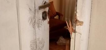 PERSECUSIÓN POLÍTICA – Régimen | Atacan la casa de los padres de Néstor Kirchner.
