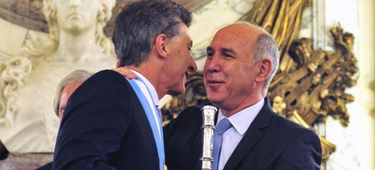 Mauricio Macri y Lorenzetti actúan en forma cómplice dejando afuera los conceptos republicanos.