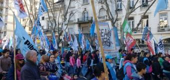 TRABAJADORES – Régimen   Masivo apoyo a la marcha por Paz, Pan y Trabajo.