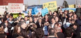 REPRESIÓN – Régimen | Dura represión en Mar del Plata contra argentinos que protestaban contra Macri y Vidal.