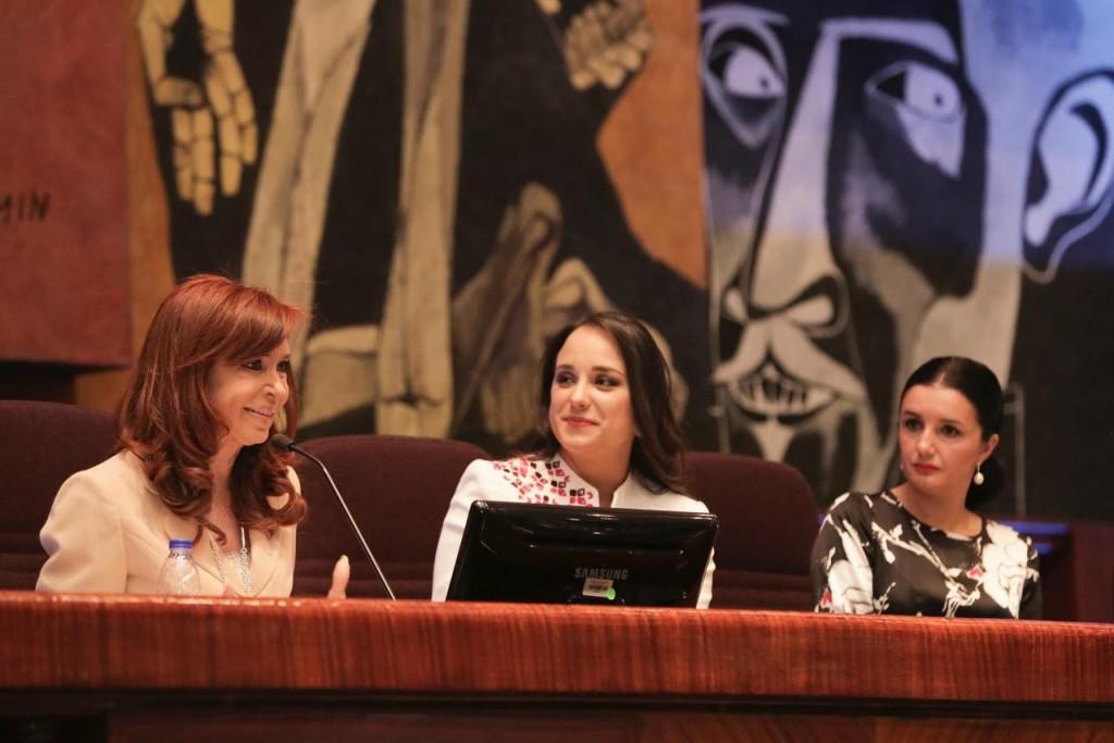 Cristina Fernández dando  su mensaje a la Asamblea Nacional. FOTO: CFK