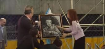 EDITORIAL – Política | En un acto con los radicales, Cristina Fernández comenzó claramente la construcción de un Frente Ciudadano.