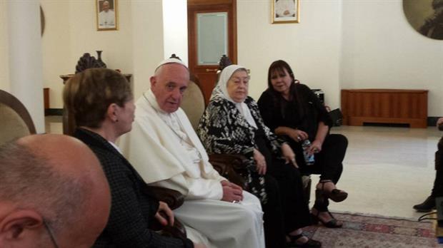 En el corriente año Hebe de Bonafini y Francisco, Obispo de Roma tuvieron una cálida entrevista en el Vaticano.