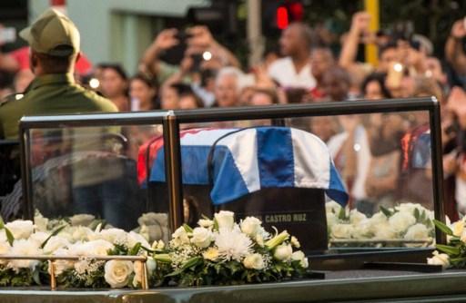 Millones de personas salieron a saludar los restos del Comandante eterno. FOTO: ANDES