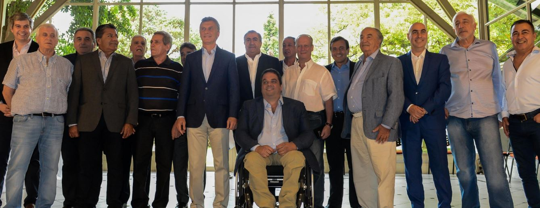 Macri con la CGT oficialista.
