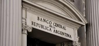 ECONOMÍA – Régimen | El inminente feriado bancario de Uruguay alerta sobre el próximo corralito en Argentina.
