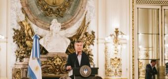 EDITORIAL – Corrupción | Como lo descubrieron Macri daría marcha atrás con el escándalo del Correo.
