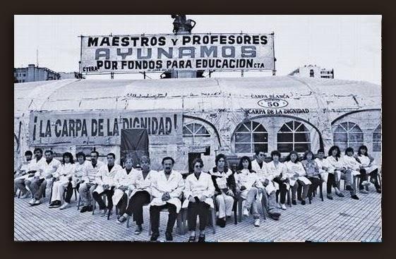 La Carpa Blanca de la década del 90 buscó nacionalizar el reclamo docente.