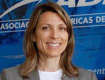 Isella Constantini admitió varios meses espués que fue echada por Macri por no querer achicar Aerolíneas Argentinas.
