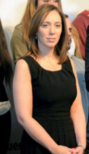 María Vidal no gobierna desde hace 28 días porque se la pasa de campaña.