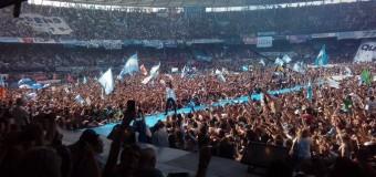 ELECCIONES – Peronismo | El régimen macrista descompuso el Roca y Cablevisión y Telecentro bajaron internet para boicotear el acto de Cristina Fernández.