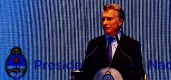 GOBIERNO – Régimen | Macri anunció que el transporte aumentará un 100 %.