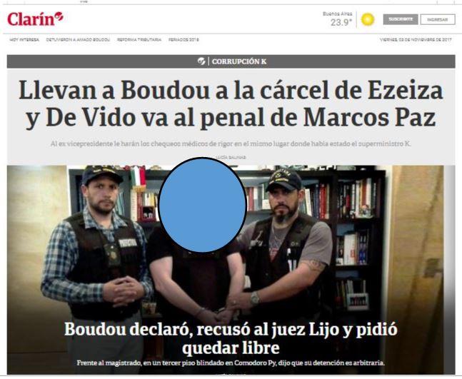 La imagen de Clarín muestra a Amado Boudou en una foto que debiera ser privada de la Justicia. ¿Por qué la publica con total impunidad el diario de la dictadura?
