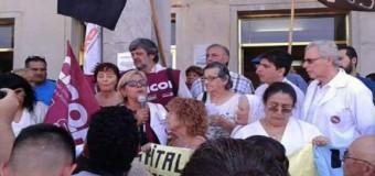 BUENOS AIRES – Régimen | Paro de los trabajadores de la salud bonaerense ante los despidos masivos.