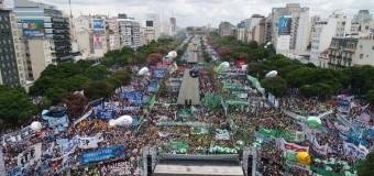 TRABAJADORES – Régimen | El 21 F fue la mayor marcha opositora en contra de Macri.
