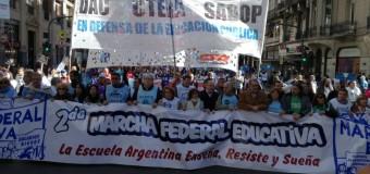 TRABAJADORES – Régimen | Multitudinaria Marcha Federal Educativa llegó a la Ciudad de Buenos Aires.