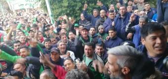 TRABAJADORES – Régimen   Los Moyano obtuvieron para los camioneros la mejor paritaria.