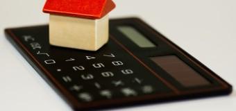 ECONOMÍA – Régimen | La morosidad en hipotecas, descubiertos y cheques llega a casi el 50 %.