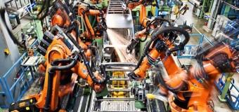 ECONOMÍA – Industria Automotriz | Mercedes Benz suspende la fabricación de buses ante paro brasileño.