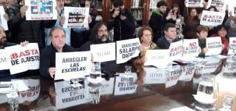 TRABAJADORES – Buenos Aires   Vidal se burló nuevamente de los docentes y apenas ofreció el 15 % cuando ya llegamos a mitad de año.
