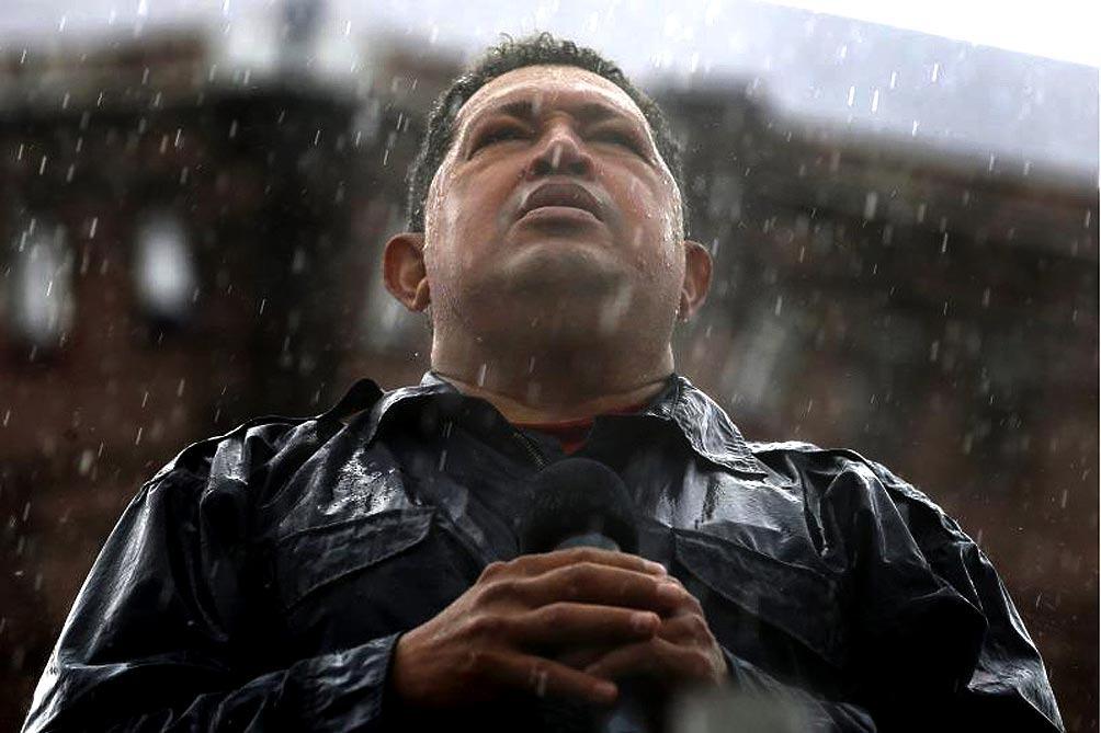 Chavez_lluvia_TELAM