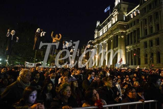 JusticiaLegitima_marcha_TELAM_01