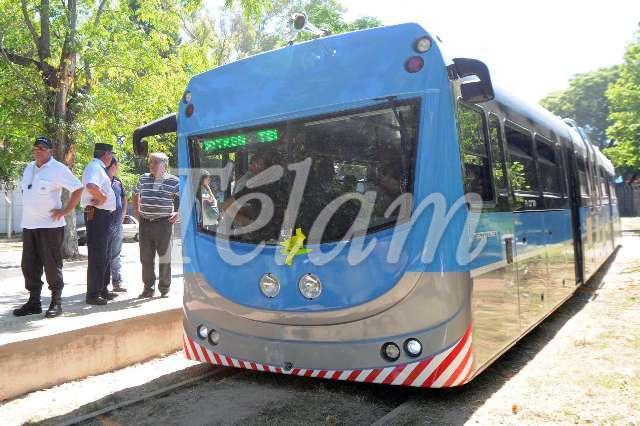 Tren_Universitario_TELAM