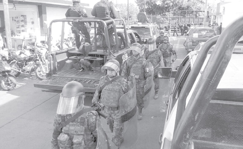Mexico_Autodefensas_LAJORNADA_04_federales