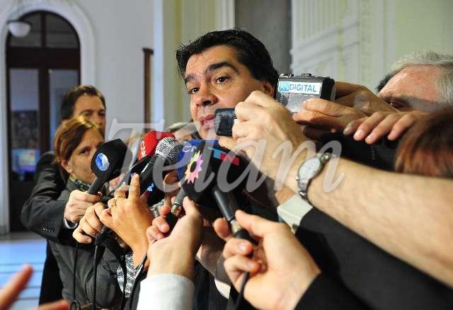 Capitanich_periodistas_TELAM
