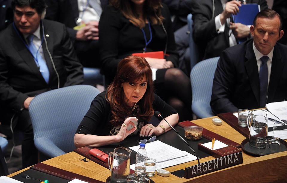 Cristina_ConsejodeSeguridad_CFK_2