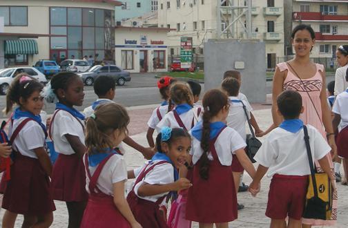Cuba_educacion_PCB