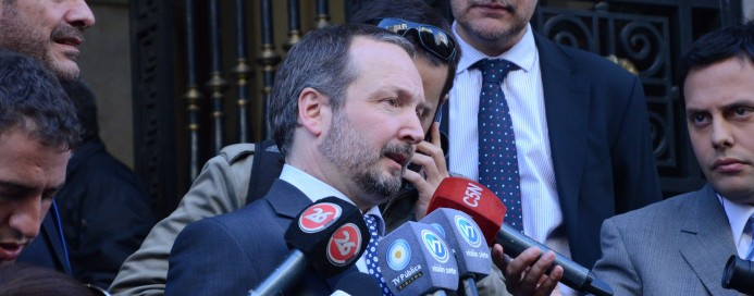 Por oden de Clarín, el juez Bonadío, al servicio del Régimen macrista allanaron AFSCA para amenazar y desplazar a las autoridades que tienen  mandato hasta 2017.