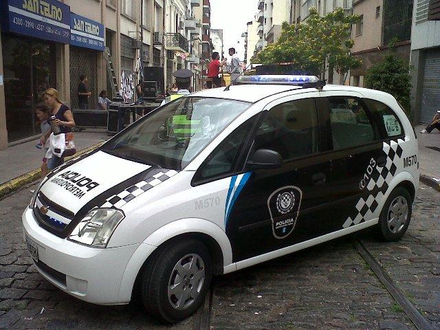 La policía de Macri se caracteriza por su racismo y discriminación contra los pobres.