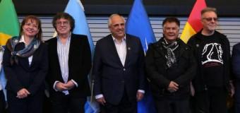 REGIÓN – UNASUR | Piero, León Gieco y Víctor Heredia hablaron en Unasur sobre 'Paz, Democracia y El Sur'