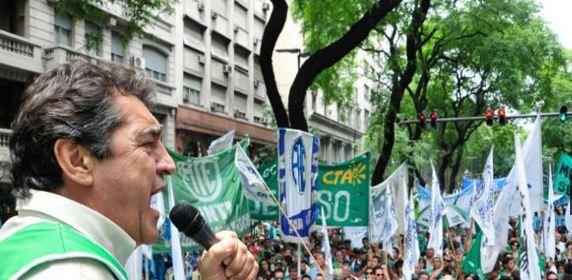 Godoy, Secretario General de  ATE en el acto del paro nacional de los trabajadores estatales.