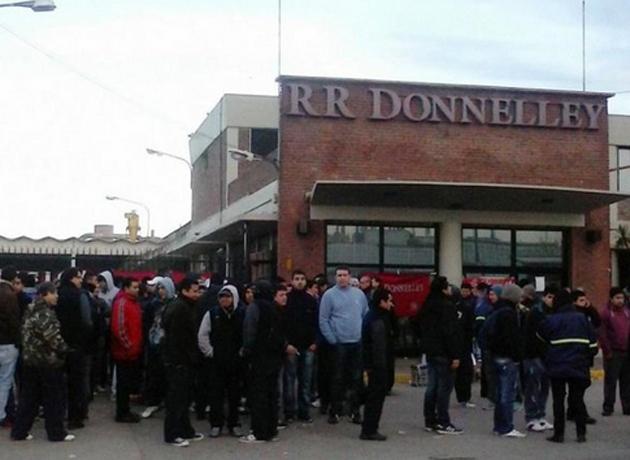 Casos como el de Donnelley, con despedidos en la calle por importaciones podría llevarnos de un plumazo a los 90.