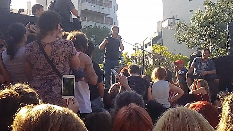 El ex MInistro de Economía habló ante una multitud. FOTO: TV Mundus. (Emanuel DCP)