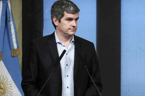 Marcos Peña, Jefe de Gabinete de Macri anunció el final de la Ley de Medios de la Democracia.