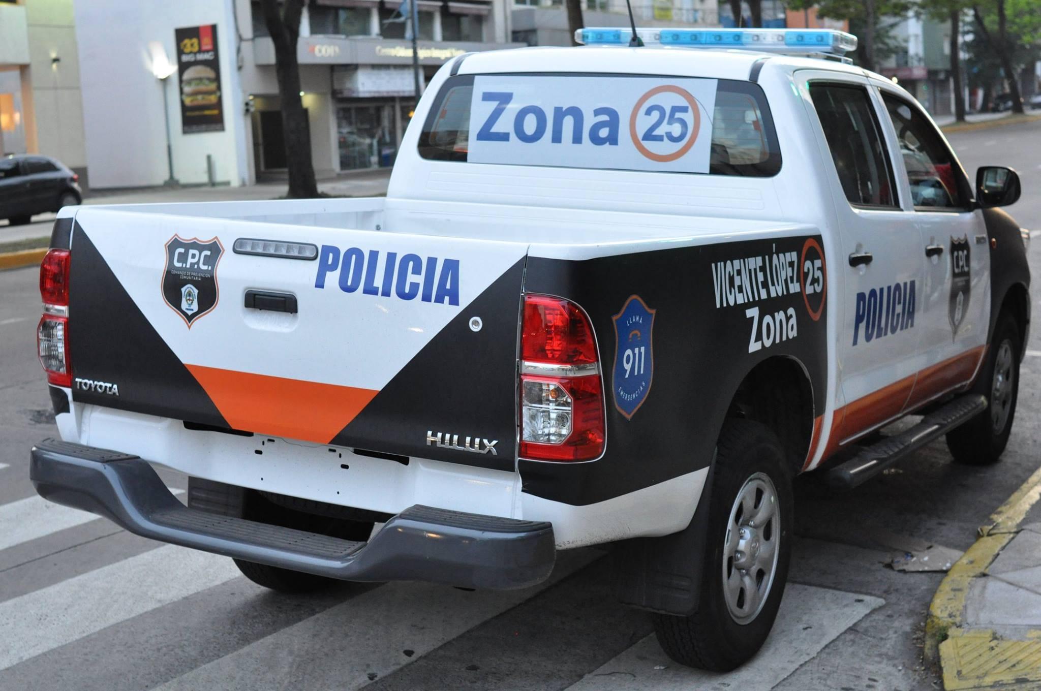 La unidades policiales no tenían patente en las inmediaciones de la Estación de Olivos.