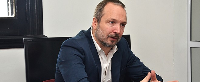 Martín Sabbatella, Presidente del Directorio de AFSCA sufrió un ataque mafioso del macrismo.