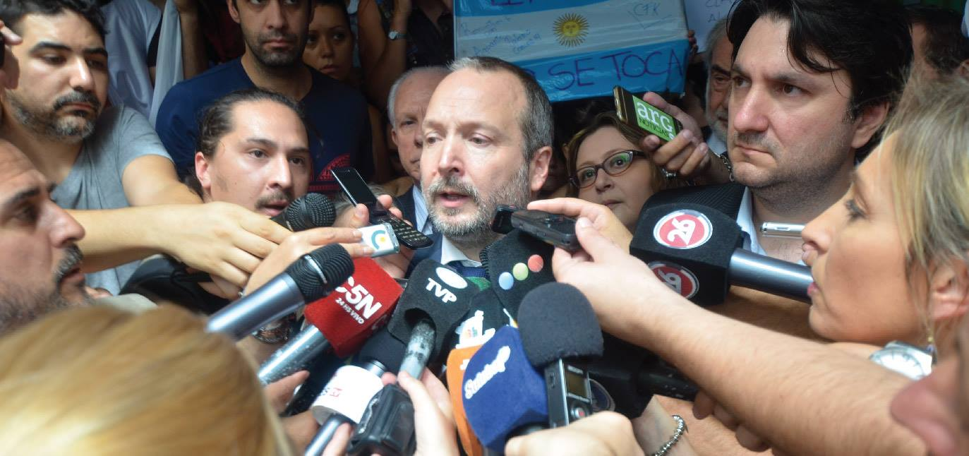 Martín Sabbatella quiso poner en regla al oligopolio de derecha Clarín