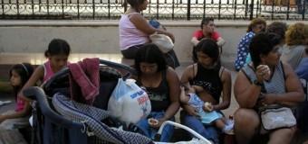 ECONOMÍA – Régimen | La libre importación dejaría sin empleo a 500 mil familias en los primeros seis meses.