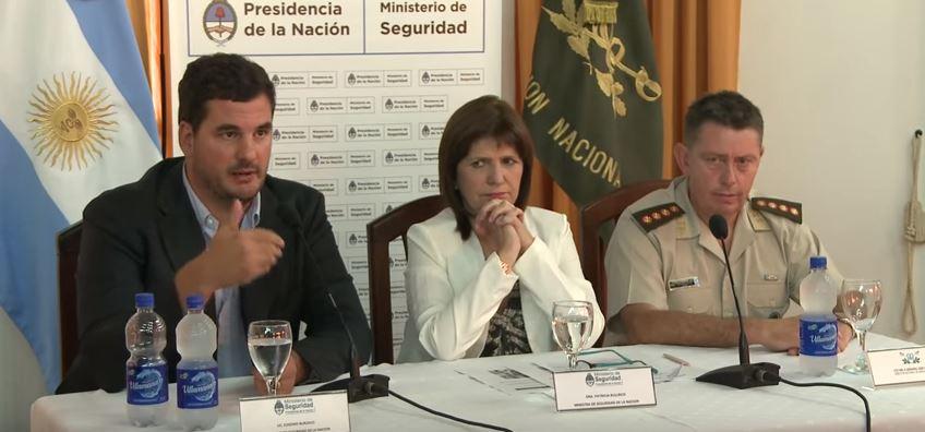 Eugenio Burzaco y Patricia Bullrich diseñaron la política represiva ordenada por Macri para contener los seguros estallidos sociales que provocarán sus políticas neoliberales.